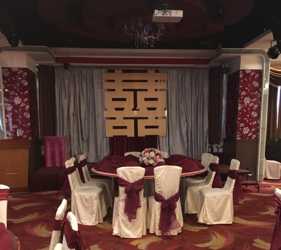 西堤時尚花藝 土城青青餐廳婚禮佈置10.jpg