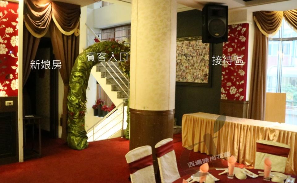 西堤時尚花藝 土城青青餐廳婚禮佈置3.jpg