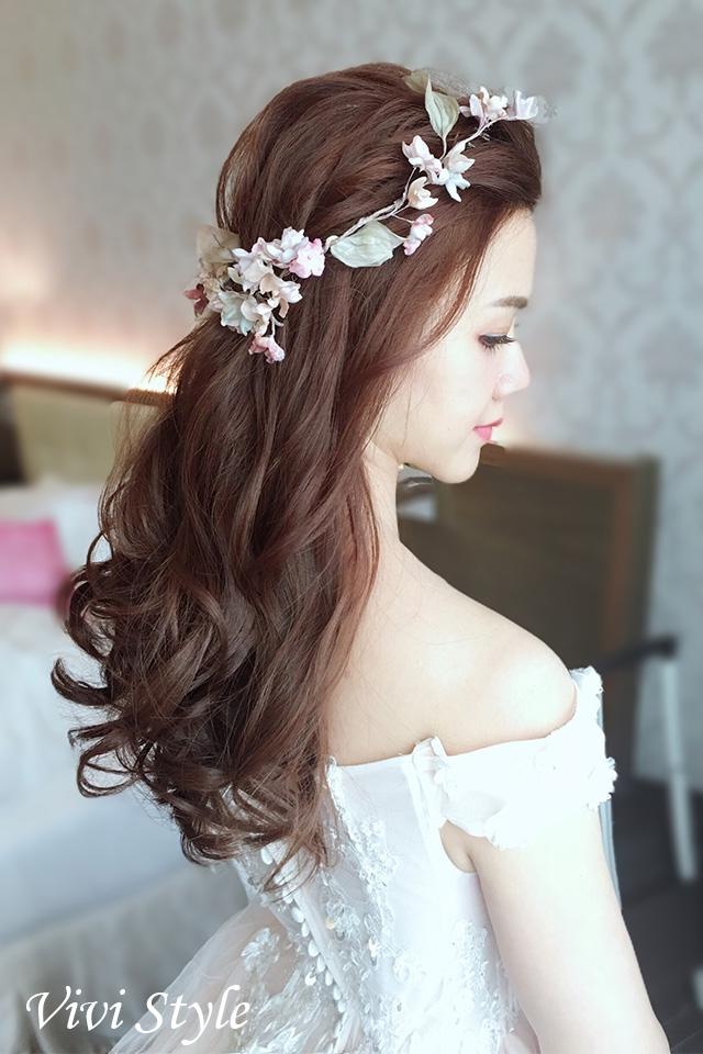 台中新秘推薦,送客造型,浪漫捲髮,花環造型